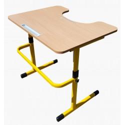 Stolik dla osoby na wózku inwalidzkim